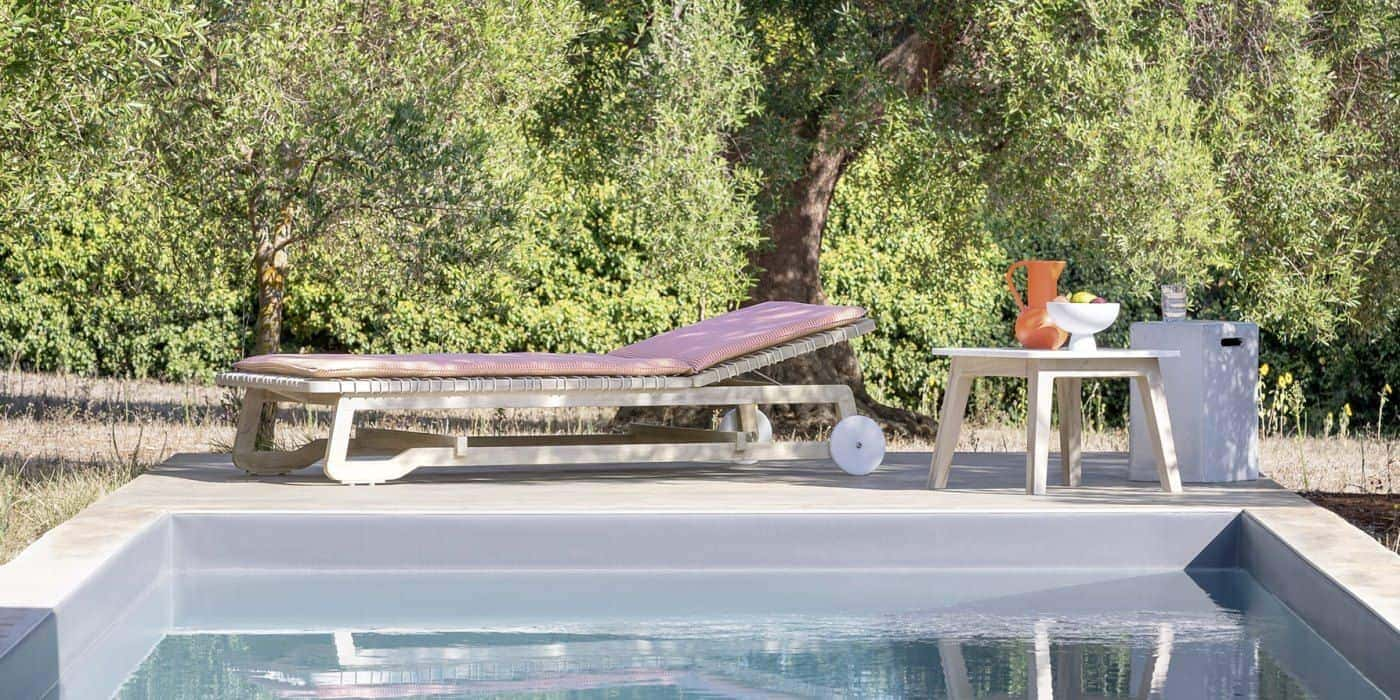 Мебели за външни условия Оnout